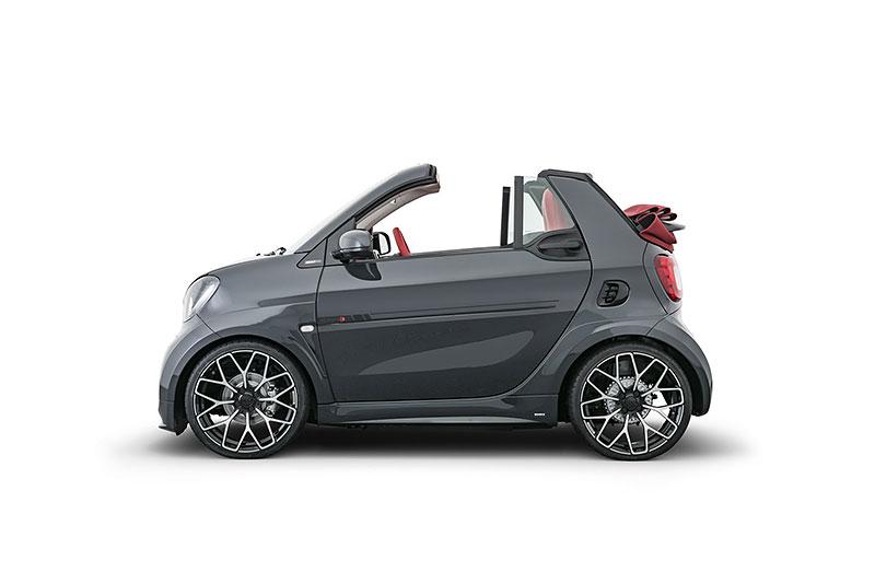 Brabus má auto pro lidi, kteří už opravdu nevědí, co z penězi. Je malé, drahé a docela pomalé: - fotka 8