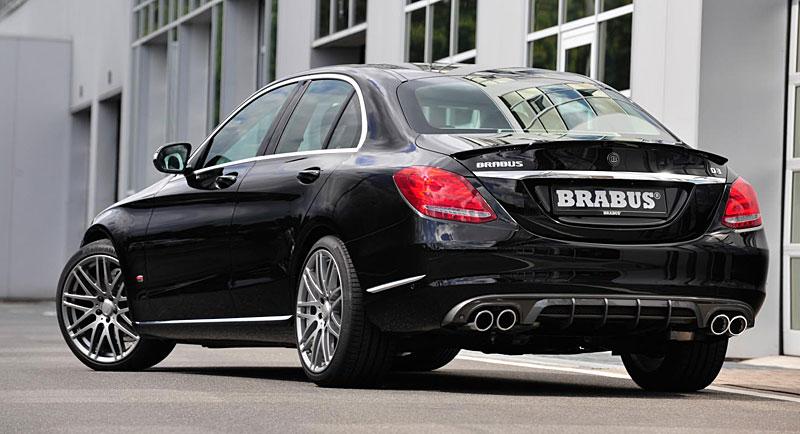 Mercedes-Benz C: Ostřejší díky úpravě Brabus: - fotka 10