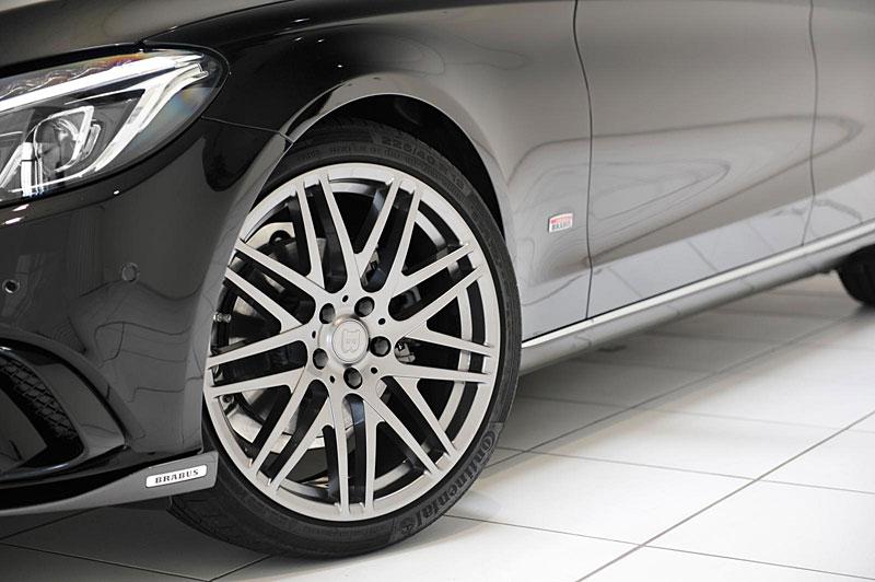 Mercedes-Benz C: Ostřejší díky úpravě Brabus: - fotka 13