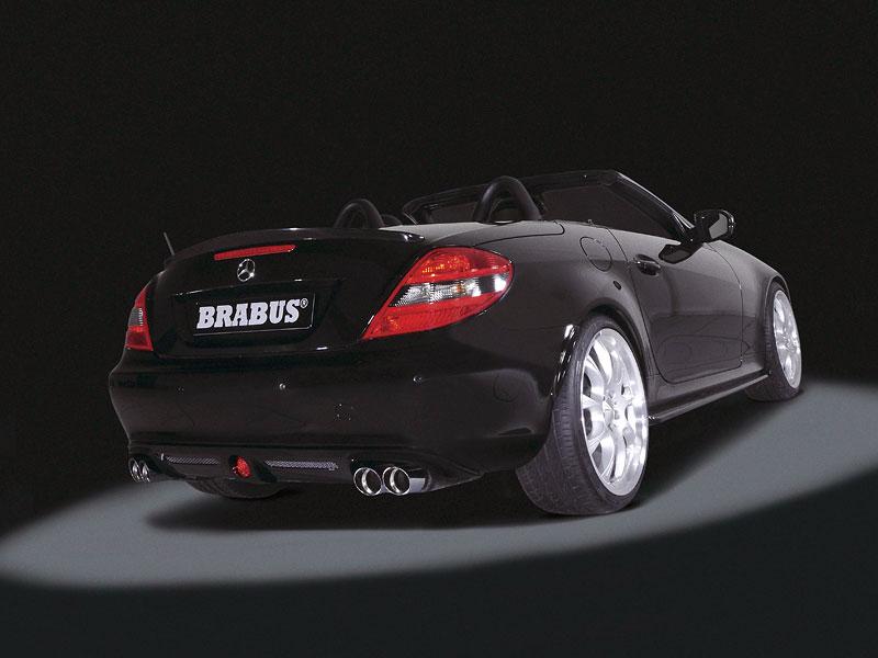 Brabus poladil Mercedes-Benz SLK 55 AMG 2008: - fotka 3