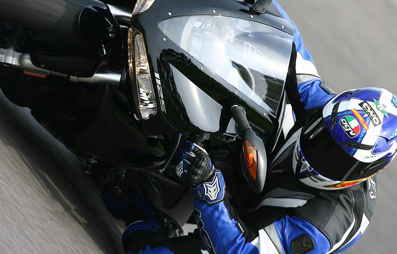 Buell přežije na závodní dráze: - fotka 4