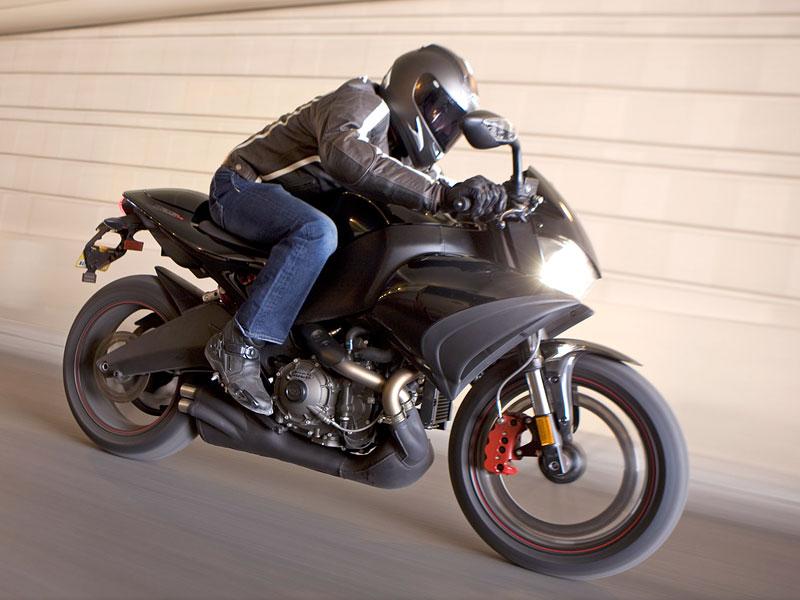 Buell 1125CR 2009 - CR jako café racer: - fotka 7