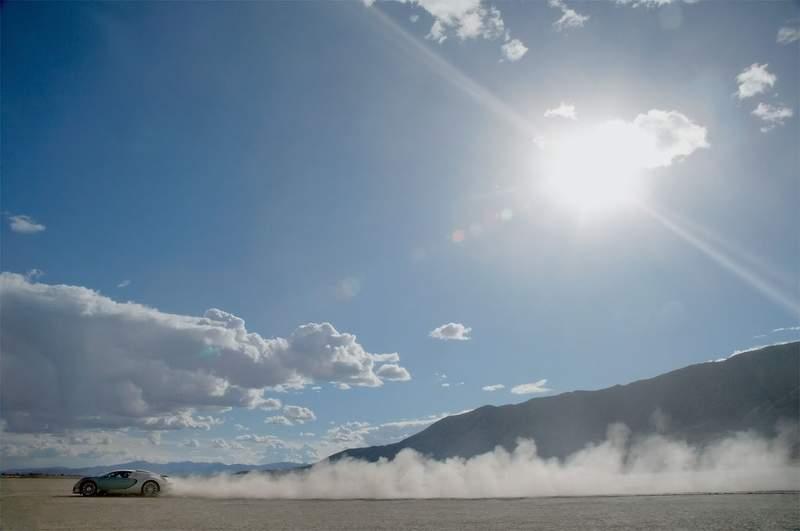 Bugatti plánuje 1200 koní pro nový model: - fotka 29