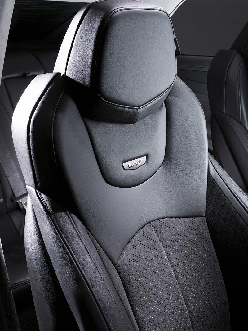 Cadillac CTS-V nejrychlejším sedanem Nordschleife: - fotka 2