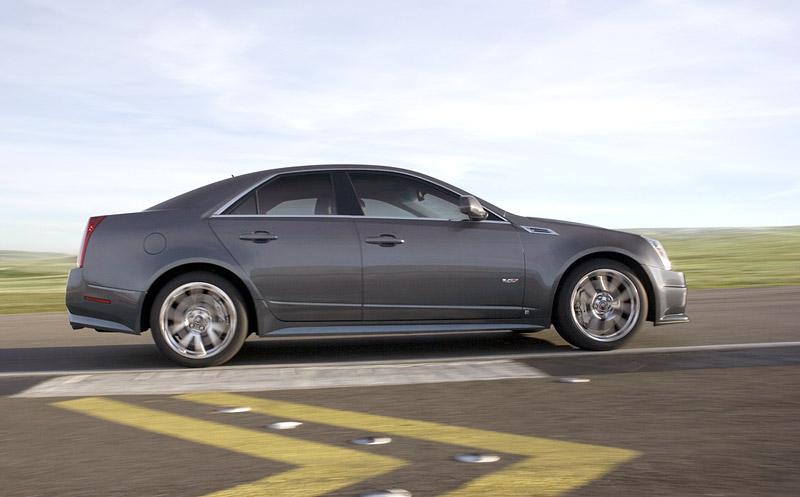 Cadillac CTS-V - s dovozem do Evropy se (ne)počítá, aneb kachna měsíce: - fotka 11