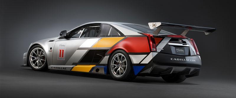 Detroit 2011: Cadillac CTS-V Coupe pro závody SCCA: - fotka 7