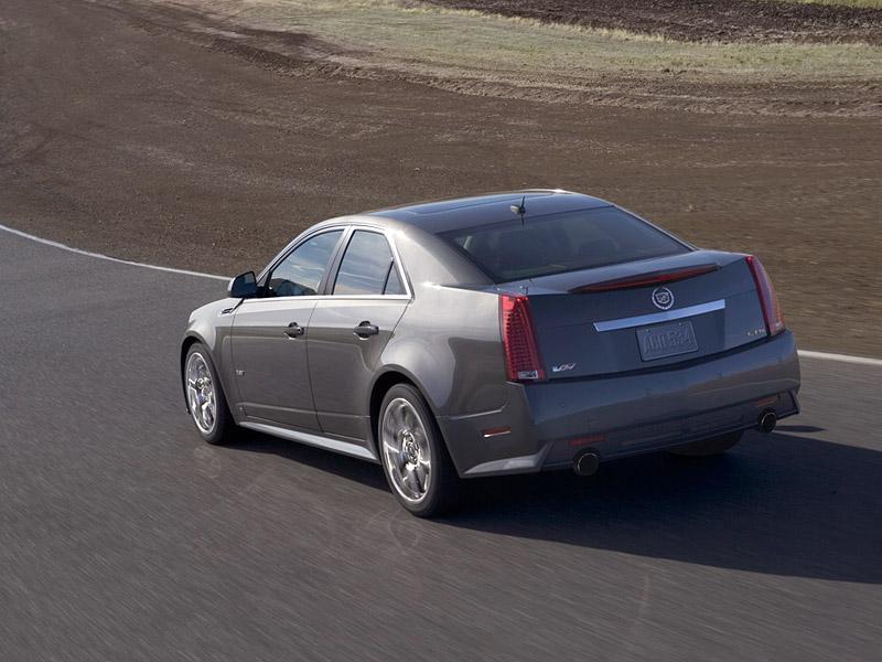 Cadillac CTS-V nejrychlejším sedanem Nordschleife: - fotka 16