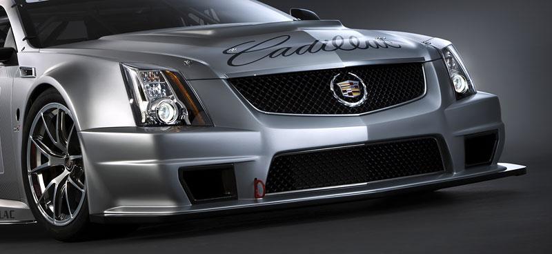 Detroit 2011: Cadillac CTS-V Coupe pro závody SCCA: - fotka 12