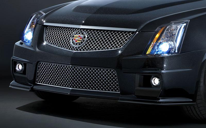 Chicago 2011: Cadillac CTS-V Black Diamond Edition: - fotka 10