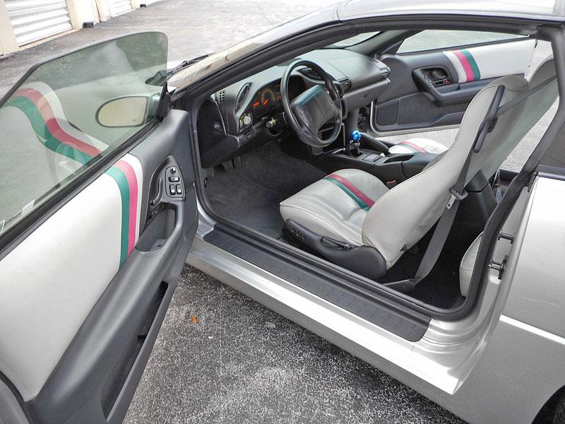 Jak se vám líbí tohle Camaro? Jedinečný prototyp od Callaway je na prodej: - fotka 5