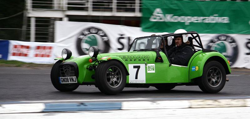Za volantem: Caterham 7 Roadsport: - fotka 12