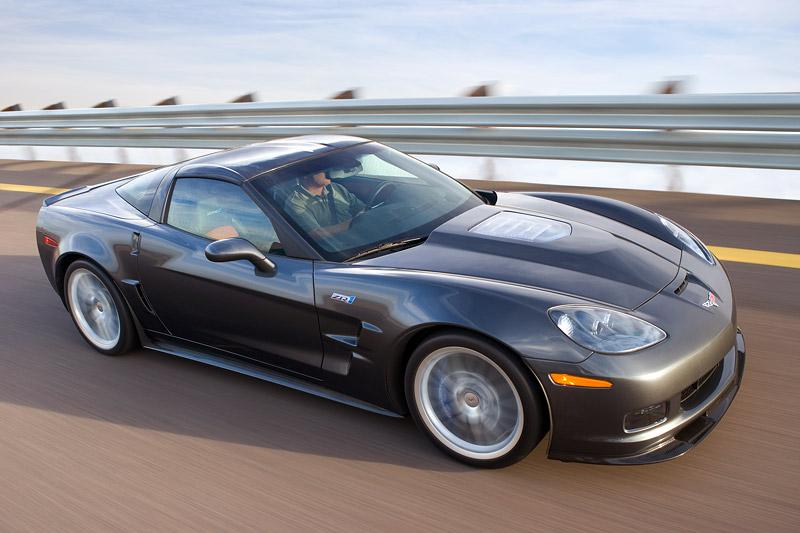 Nominace na Mezinárodní motor roku 2008: - fotka 31