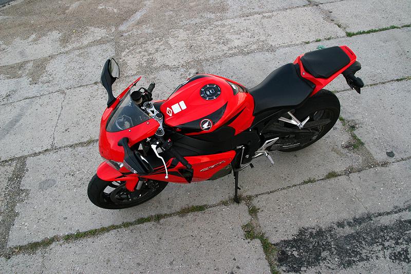 Test - Honda CBR1000RR Fireblade 2008: - fotka 11
