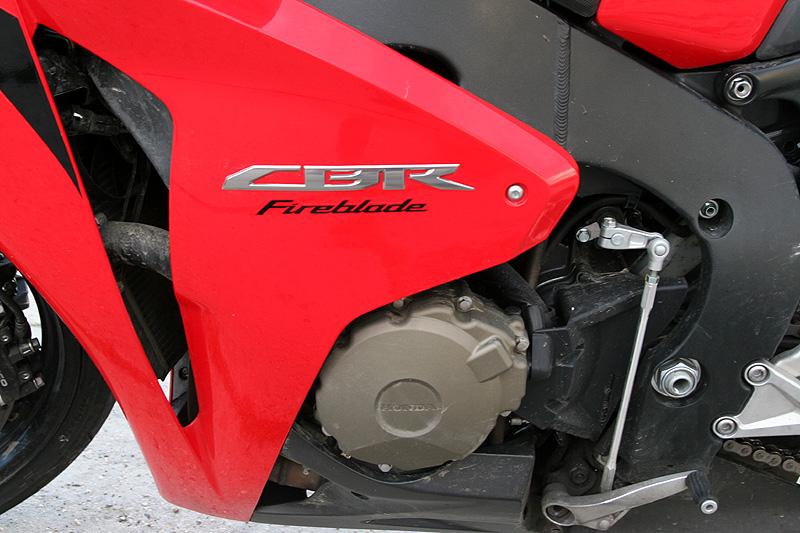 Test - Honda CBR1000RR Fireblade 2008: - fotka 23