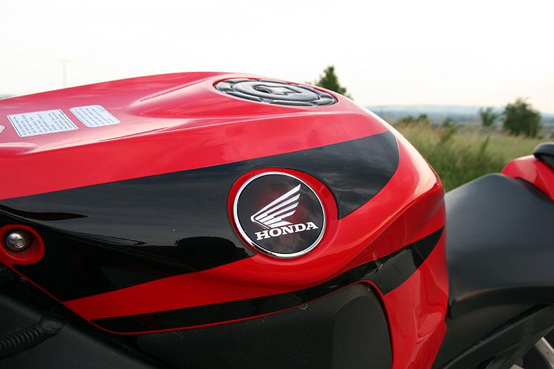 Test - Honda CBR1000RR Fireblade 2008: - fotka 26