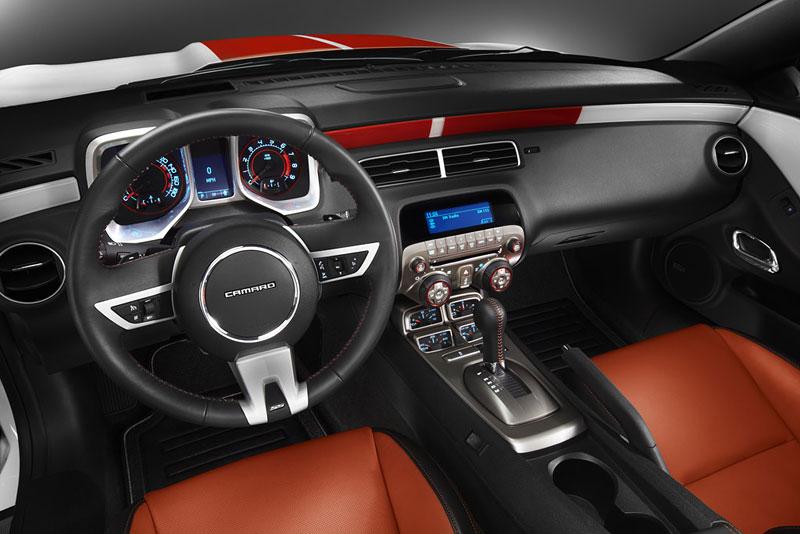 Chevrolet Camaro SS Convertible: Indy 500 má nový Pace Car: - fotka 1