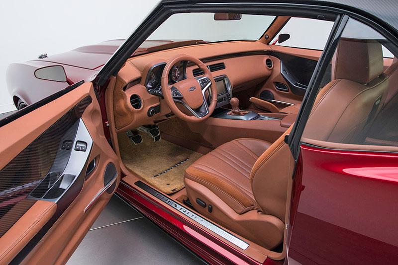 Extrémní 1967 Chevrolet Camaro má přes 630 koní: - fotka 5