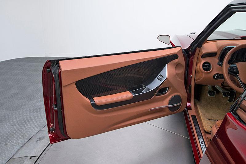 Extrémní 1967 Chevrolet Camaro má přes 630 koní: - fotka 14