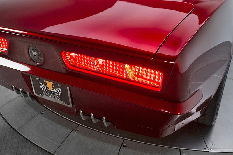 Extrémní 1967 Chevrolet Camaro má přes 630 koní: - fotka 27