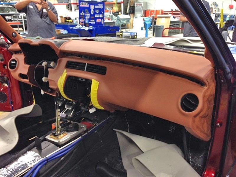 Extrémní 1967 Chevrolet Camaro má přes 630 koní: - fotka 36
