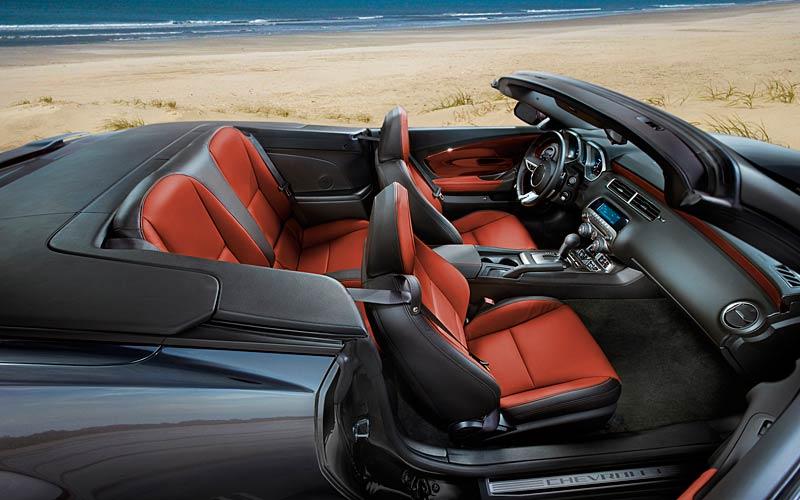Ženeva 2011 živě: Chevrolet Camaro Convertible: - fotka 22