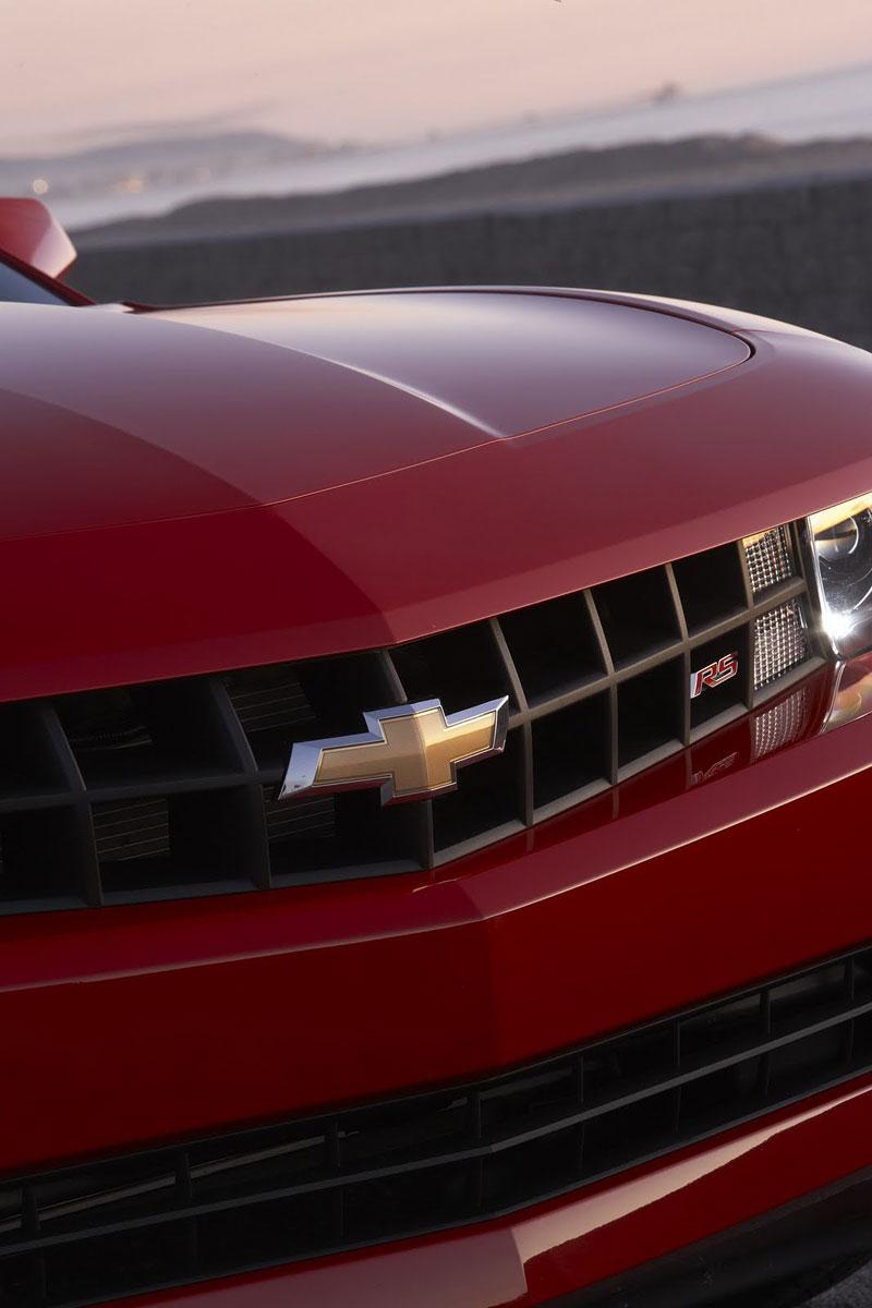 Ženeva 2011 živě: Chevrolet Camaro Convertible: - fotka 53