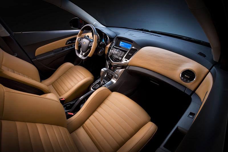 Sportovní Chevrolet Cruze: v režii Holdenu: - fotka 2