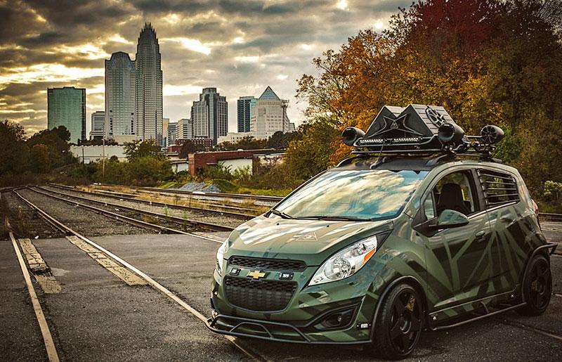 Enemy to Fashion Chevrolet Spark: vojenský speciál pro SEMA: - fotka 7