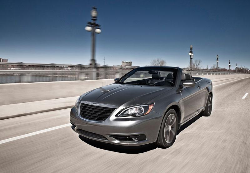 Chrysler S: stylovější 200 Sedan a 200 Convertible: - fotka 3
