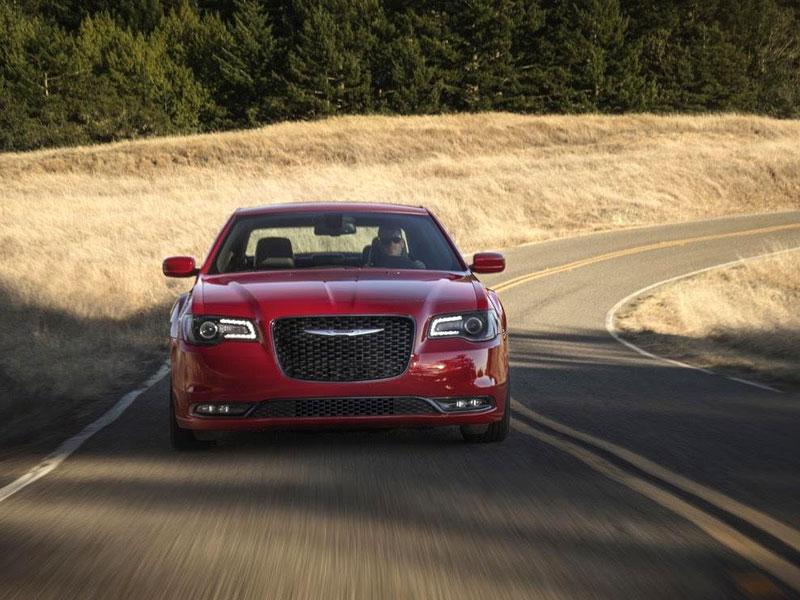 Chrysler 300 možná přijde o svůj charakteristický design: - fotka 16
