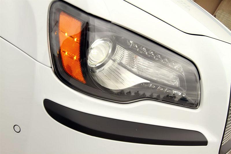 FatChance 2.0: první úprava pro faceliftovaný Chrysler 300: - fotka 9
