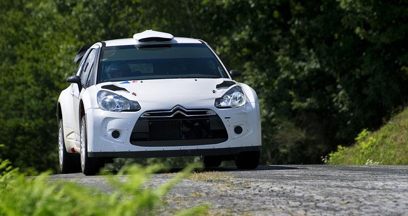 Paříž 2010: Citroën DS3 WRC: - fotka 5