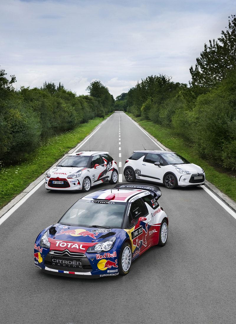Paříž 2010: Citroën DS3 WRC: - fotka 12