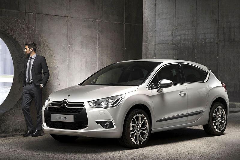 Citroën DS4 Racing: první hybridní hot-hatch?: - fotka 10