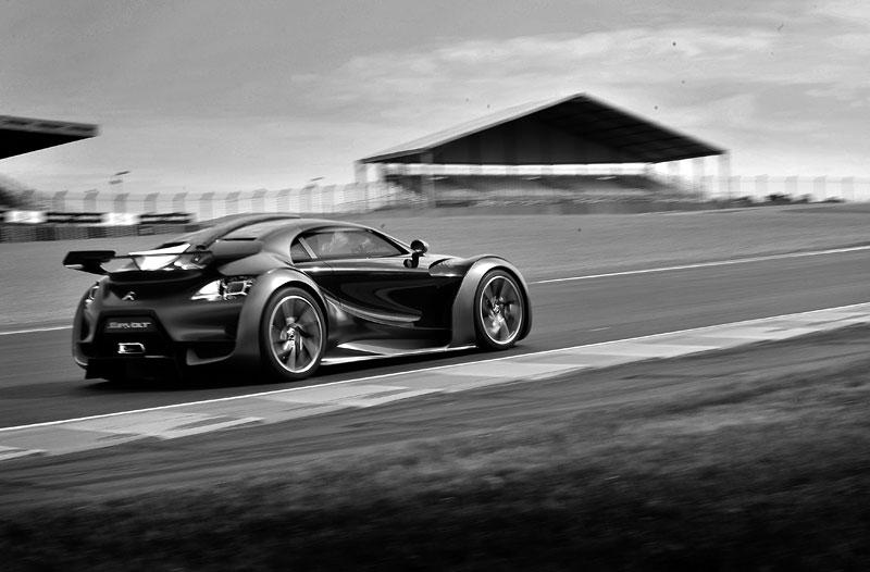 Citroën Survolt: velká galerie z Le Mans Classic: - fotka 33