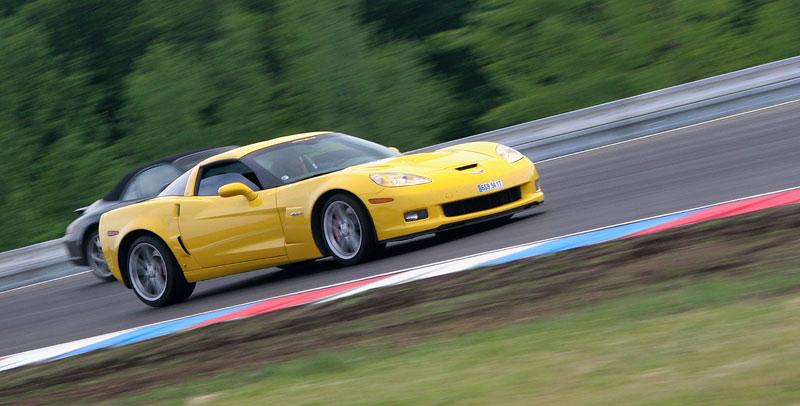 Klub sportovních aut pokřtil asfalt Automotodromu Brno: - fotka 2