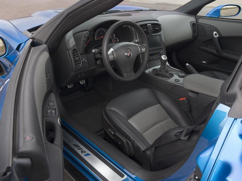 Pod lupou: Chevrolet Corvette ZR1 - Peklo je modré: - fotka 4