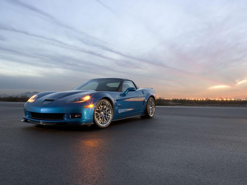 Pod lupou: Chevrolet Corvette ZR1 - Peklo je modré: - fotka 10