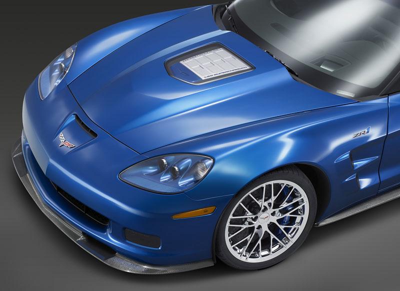 Corvette ZR1 porazila Nissan GT-R na Ringu: - fotka 30