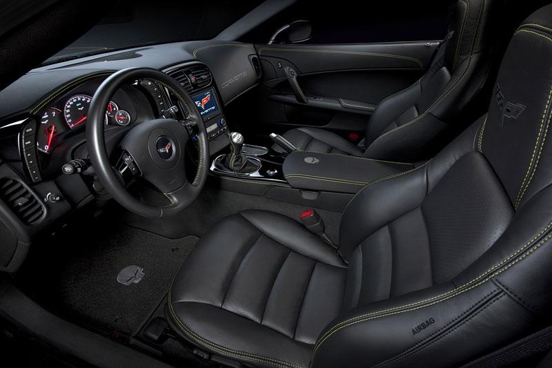 SEMA 2010: tovární Corvette hned dvakrát: - fotka 1