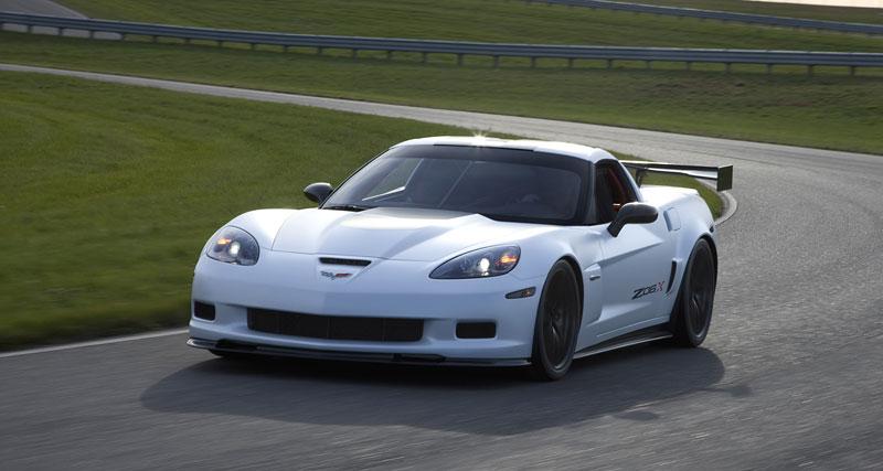 SEMA 2010: tovární Corvette hned dvakrát: - fotka 8