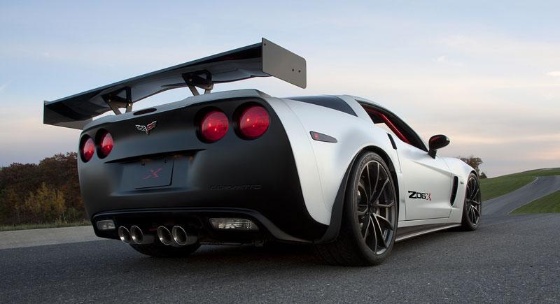 SEMA 2010: tovární Corvette hned dvakrát: - fotka 11