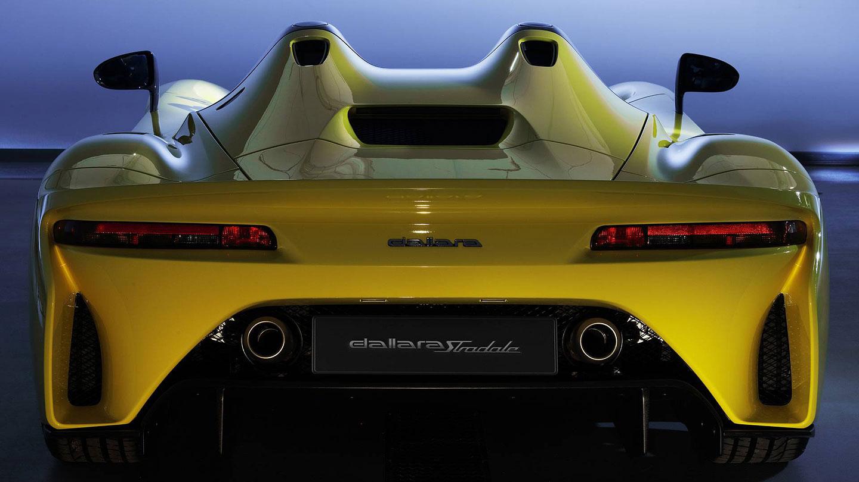 Dallara Stradale je okruhová placka, která smí na silnice. Poslechněte si, jak zní: - fotka 10