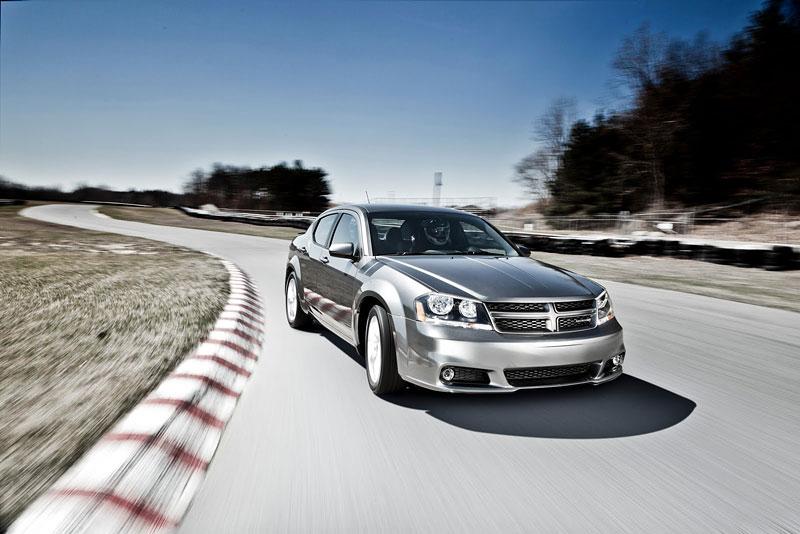 Dodge Avenger R/T 2012: další sportovec přichází: - fotka 6