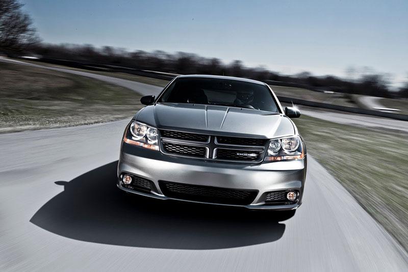 Dodge Avenger R/T 2012: další sportovec přichází: - fotka 11