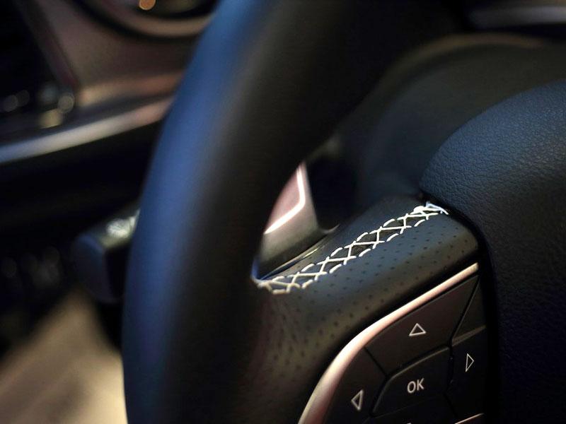 Dodge Challenger SRT Hellcat Convertible: Jediný svého druhu (+video): - fotka 6