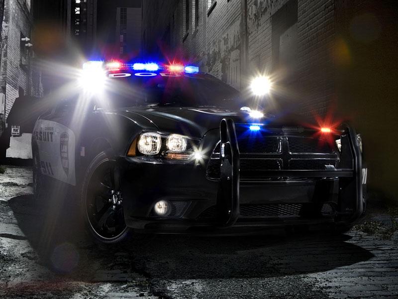 Dodge Charger Pursuit: Modernizace zahalená policejní uniformou: - fotka 1