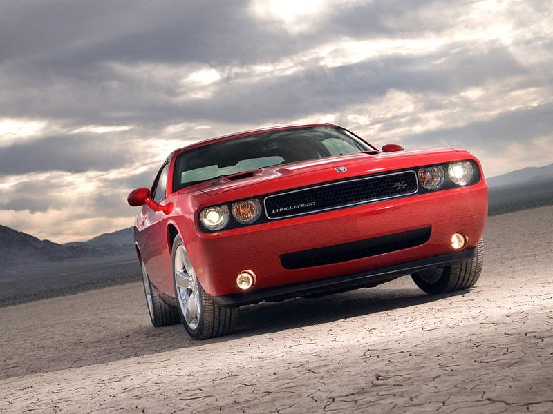 Dodge Challenger R/T – další svalovec: - fotka 13