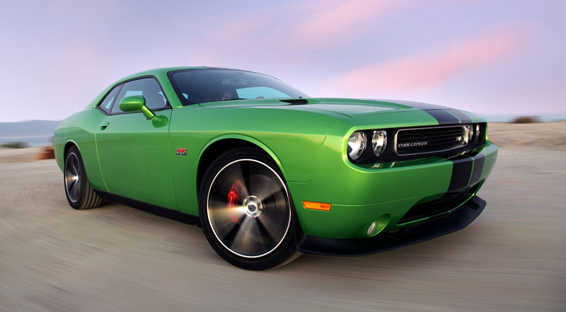 Chicago 2011: Dodge Challenger Green With Envy: - fotka 3