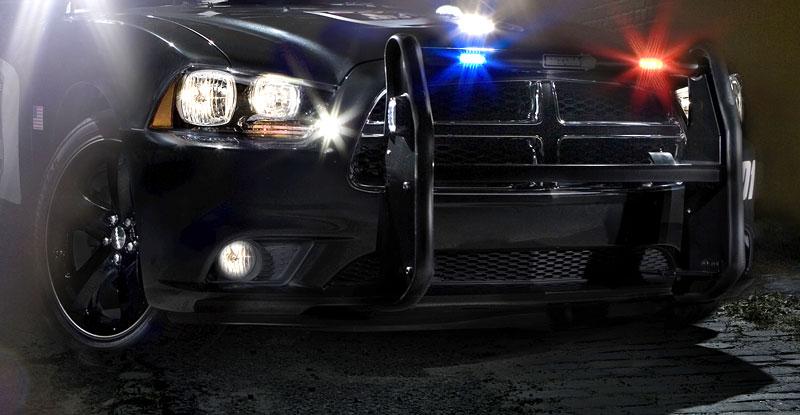 Dodge Charger Pursuit: Modernizace zahalená policejní uniformou: - fotka 2